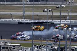 Unfall: Denny Hamlin, Joe Gibbs Racing, Toyota