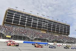 Jamie McMurray, Chip Ganassi Racing Chevrolet en Kyle Larson, Chip Ganassi Racing Chevrolet