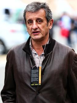 Luis Moya, Carlos Sainz