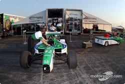 Fernandez Racing packing
