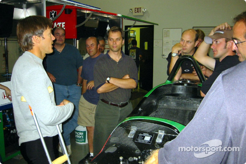 Adrian Fernandez visiting the guys at the shop