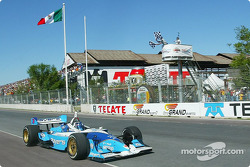 Paul Tracy takes checkered flag