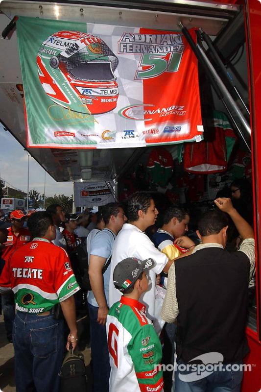 Le merchandising Fernandez Racing