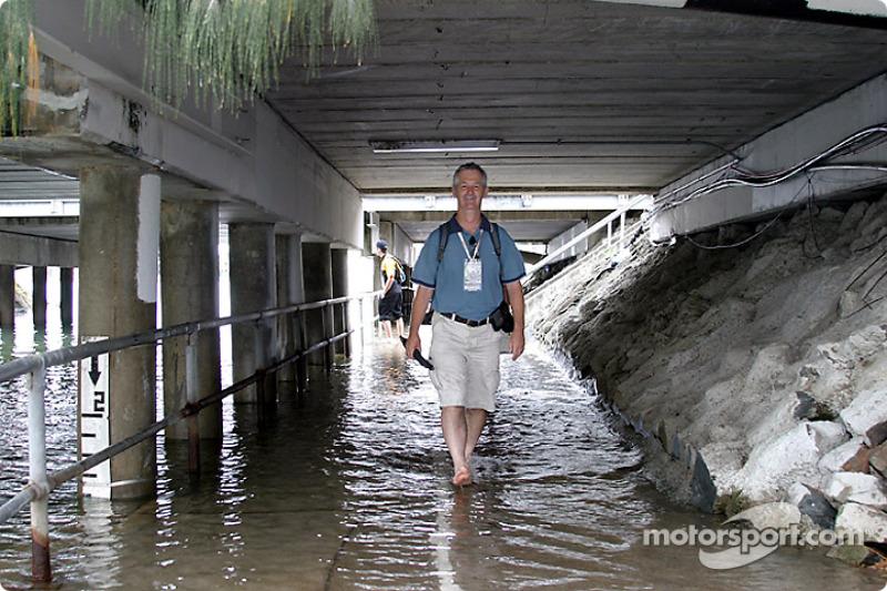 Das gefährliche Leben eines Rennsport-Fotografen: David Magahy von Motorsport.com nach einem Hagelsc