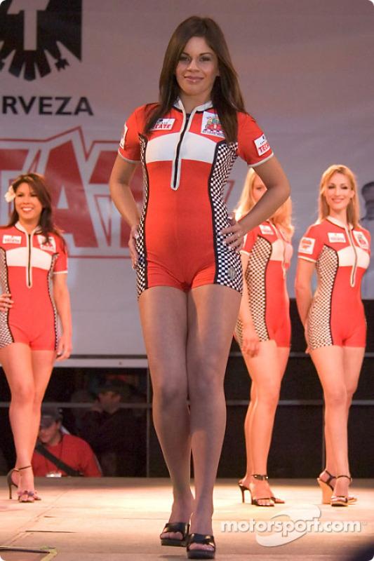 Le concours de la Miss Toyota GP of Long Beach