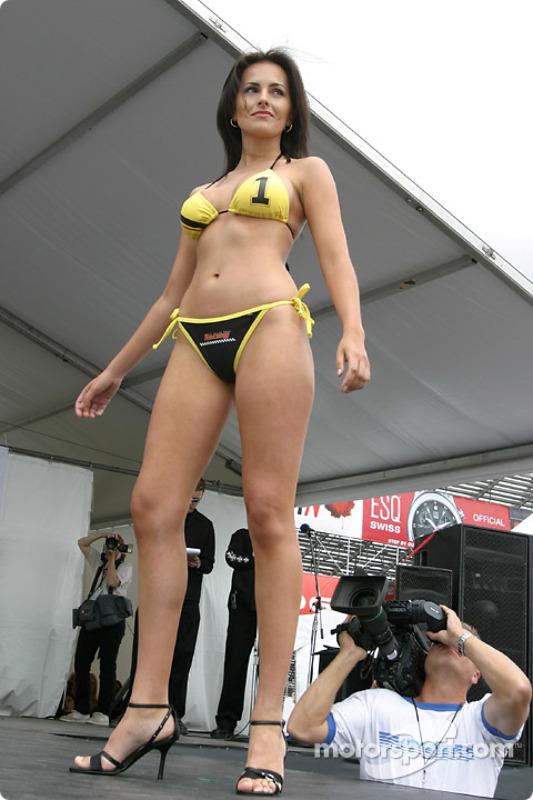 La compétition en maillot de bain