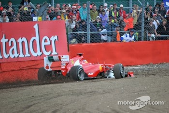 Fernando Alonso went off at Luffield