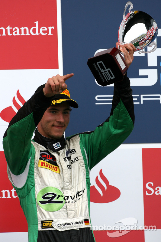 Pódio: segundo Christian Vietoris, Racing Engineering