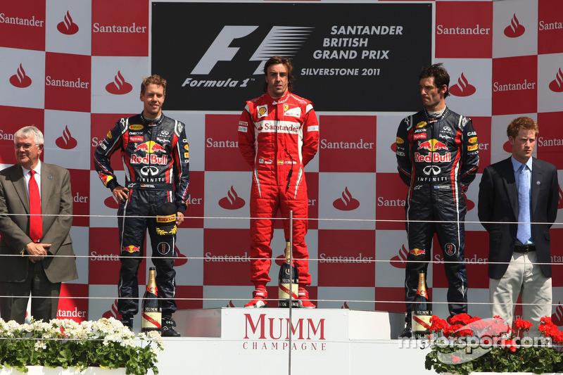 2011. Подіум: 1. Фернандо Алонсо, Ferrari. 2. Себастьян Феттель, Red Bull - Renault. 3. Марк Веббер, Red Bull - Renault