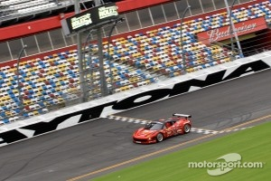 Jaime Melo tests new Ferrari 458 Italia Grand Am