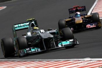 Nico Rosberg, Mercedes GP F1 Team, Sebastien Buemi, Scuderia Toro Rosso