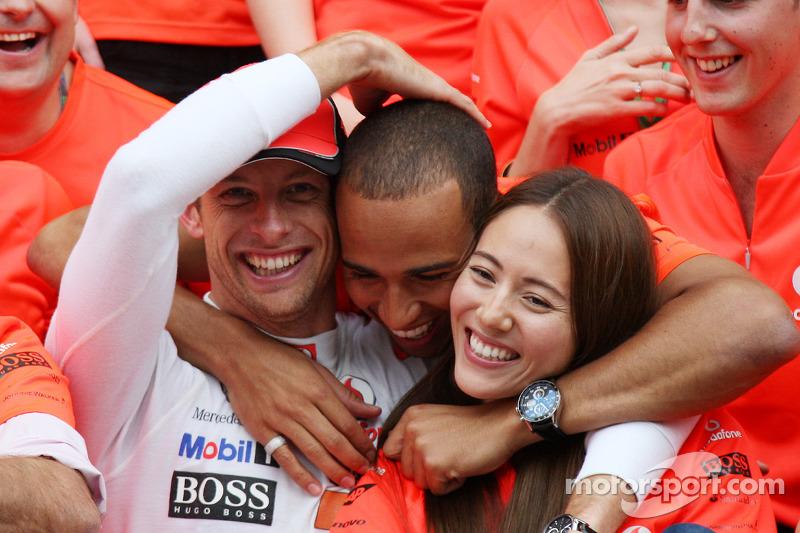 Lewis Hamilton, McLaren Mercedes, Jenson Button, McLaren Mercedes, Jessica Michibata girlfriend of J