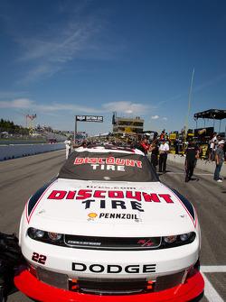 Coche del ganador de la pole Jacques Villeneuve, Penske Racing Dodge