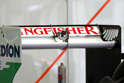 Force India Racing Team, Technical detail, rear wing
