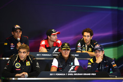 Sebastien Buemi, Scuderia Toro Rosso with Jerome d'Ambrosio, Marussia Virgin Racing, Bruno Senna, Lotus Renault GP, Vitaly Petrov, Lotus Renault GP, Michael Schumacher, Mercedes GP F1 Team and Sebastian Vettel, Red Bull Racing