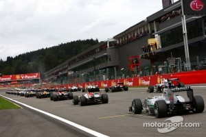 Rare sight in F1: Schumacher starts from the last place on the grid