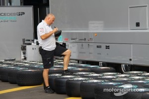 Soft and Super Soft tyres for Singapore