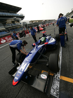 Conor Daly on the grid
