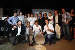 Alejandro Agag, Addax team principal, Charles Pic, Giedo Van der Garde y el equipo addax festeja hab