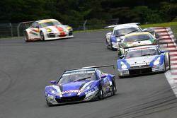 #100 Raybrig HSV-010: Takuya Izawa, Naoki Yamamoto