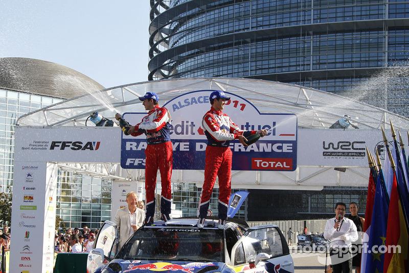 Подіум: Себастьян Ож'є та Жюльєн Інграссія, Citroën DS3 WRC, Citroën Total World Rally Team