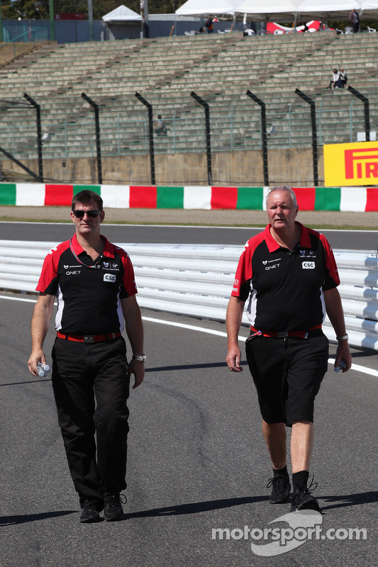 Graeme Lowdon Chief Executive of Marussia Virgin Racing and John Booth, Marussia Virgin Racing Sport