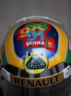 Bruno Senna, Lotus Renault GP helmet