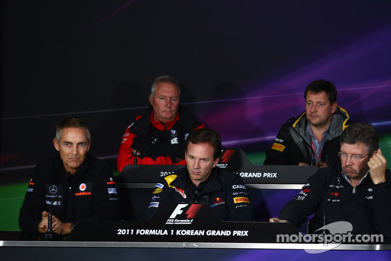 Martin Whitmarsh, McLaren, Chief Executive Officer with Christian Horner, Red Bull Racing, Sporting