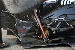 Jérôme d'Ambrosio, Marussia Virgin Racing, damage detail after crashing