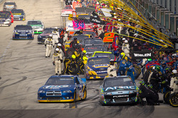 Pit stop for Carl Edwards, Roush Fenway Racing Ford, Brad Keselowski, Penske Racing Dodge heads back to track