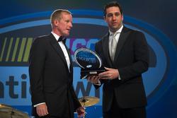 Elliott Sadler, Kevin Harvick Inc. Chevrolet receives the Nationwide Series most popular driver award