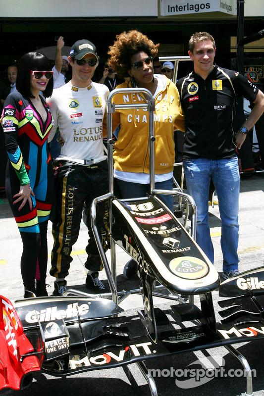 Jessie J., singer, Bruno Senna, Renault F1 Team, Vitaly Petrov, Lotus Renault F1 Team and Macy Gray,