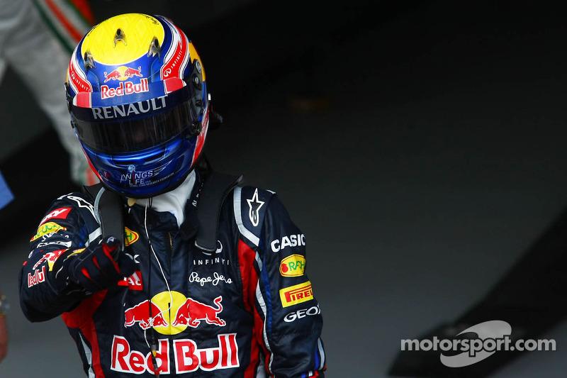 """2011 - Mark Webber, Red Bull (<a href=""""http://fr.motorsport.com/f1/photos/main-gallery/?r=17990"""">Galerie</a>)"""