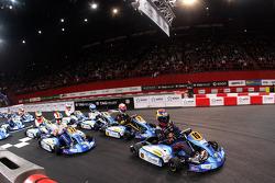 Start Stars Final Race 2. Palais Omnisport de Paris-Bercy.