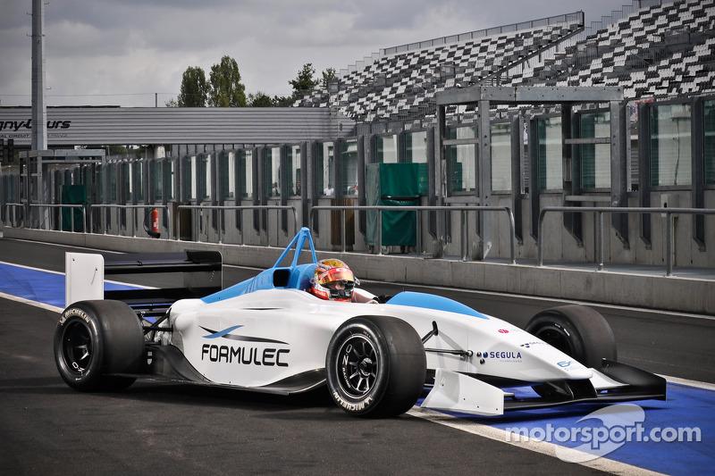 Jules Bianchi, tes Formulec EF01