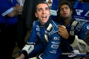 Justin Wilson and Gustavo Yacaman show emotion in the last few laps of the race as a car goes off track