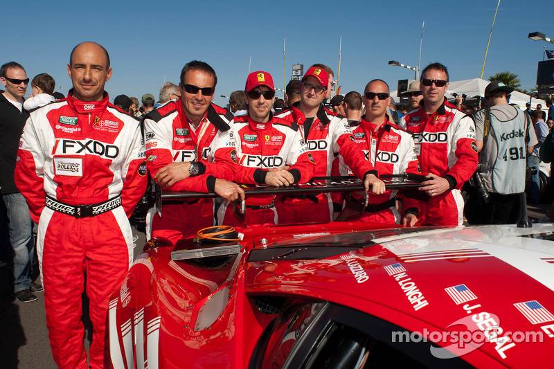 #69 AIM Autosport Team FXDD Racing with Ferrari team members