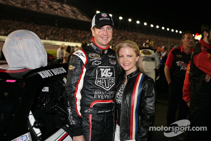 Kurt Busch, Phoenix Racing Chevrolet met vriendin Patricia Driscoll