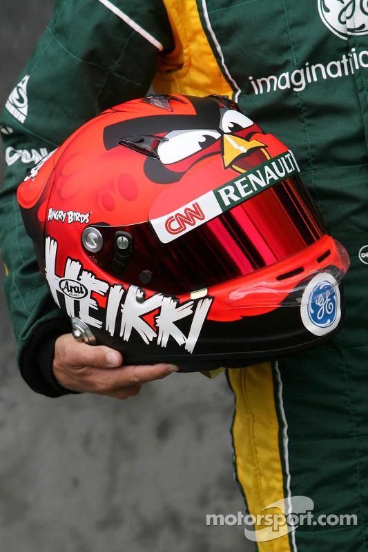 Helm van Heikki Kovalainen, Caterham F1 Team