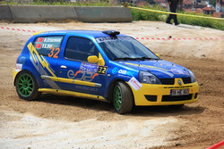 32 Hakan Ertarman Yunus Emre Bol Renault Clio Ragnotti 3