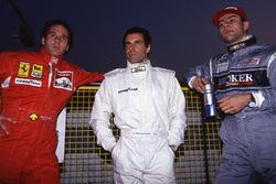 Gerhard Berger, Ferrari; Roland Ratzenberger, Simtek; Karl Wendlinger, Sauber