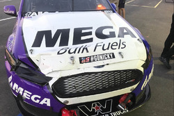 Jason Bright, Prodrive Racing Australia Ford, crashed car