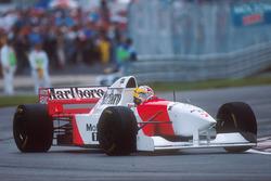Марк Бланделл, McLaren MP4/10B
