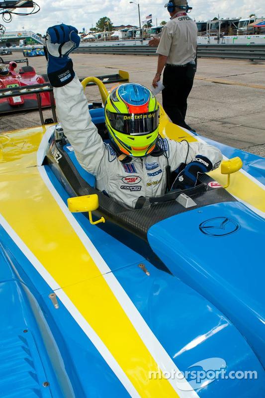 Tristan Nunez viert overwinning