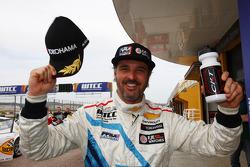 Yvan Muller, Chevrolet Cruze 1.6T, Chevrolet pole position
