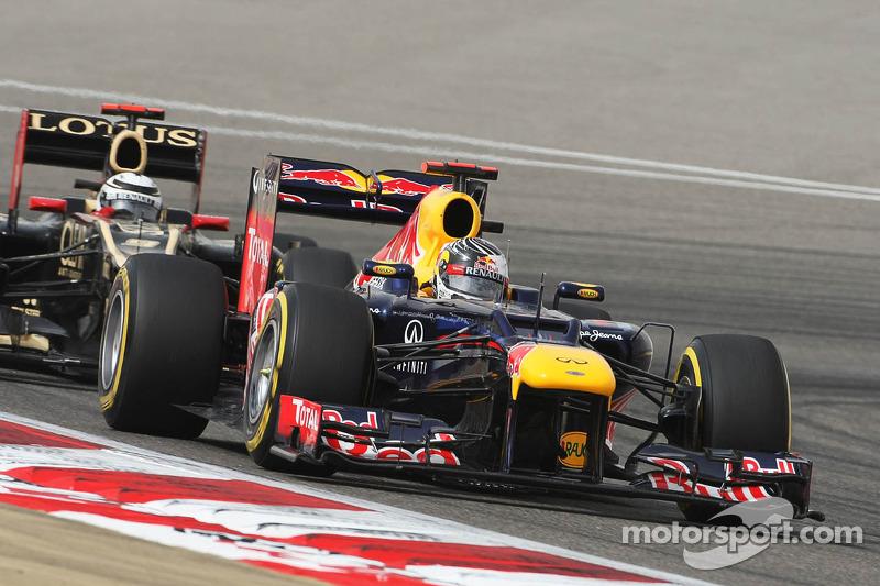 Sebastian Vettel, Red Bull Racing voor Kimi Raikkonen, Lotus