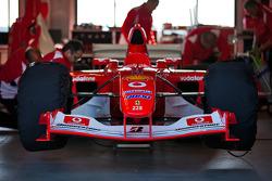 F1 Clienti in the garage