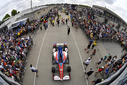 Carlos Munoz, A.J. Foyt Enterprises Chevrolet Gasoline Alley
