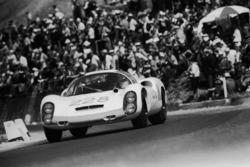 #228 Porsche 910/8: Rolf Stommelen, Paul Hawkins