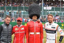 Stoffel Vandoorne, McLaren, Marc Gene, Ferrari and Jenson Button, McLaren, Palace Guard